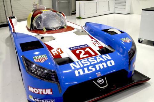 Nissan GT-R и Nismo в Ле-Мане - фотография nissan