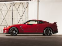 2015 Nissan GT-R, 2 of 26