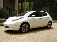 2015 Nissan LEAF, 1 of 9