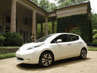2015 Nissan LEAF, 2 of 9