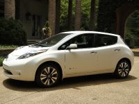 2015 Nissan LEAF, 4 of 9