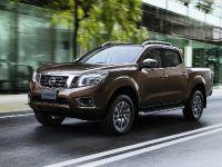 2015 Nissan Navara , 10 of 48