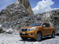 2015 Nissan Navara , 18 of 48
