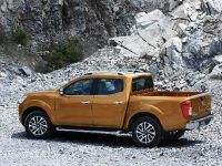 2015 Nissan Navara , 24 of 48