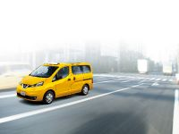 2015 Nissan NV200 Taxi, 2 of 16