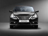 2015 Nissan Sentra , 1 of 18