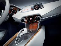 2015 Nissan Sway Concept , 25 of 27