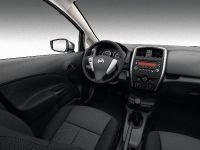 2015 Nissan Versa Note, 6 of 8