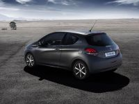 2015 Peugeot 208 Ice Silver , 13 of 18