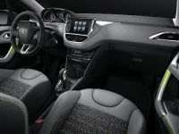 2015 Peugeot 208 Ice Silver , 16 of 18