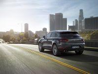 2015 Porsche Macan S Diesel , 3 of 3
