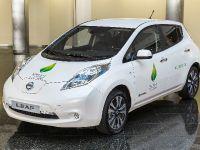 2015 Renault-Nissan Alliance COP21 Passenge Cars, 3 of 4