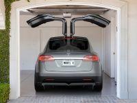 2015 Tesla Model X, 8 of 10