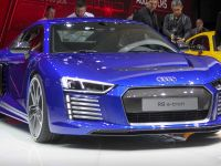 2015 The Audi R8 e-tron Piloted Driving Concept Car, 2 of 6