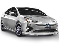 2015 TOM's Racing Toyota Prius , 1 of 4