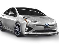 2015 TOM's Racing Toyota Prius , 2 of 4