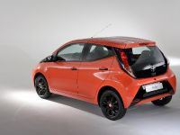 2015 Toyota Aygo x-cite , 2 of 7