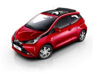 2015 Toyota Aygo X-Wave Open Top, 2 of 3