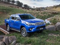 2015 Toyota HiLux, 1 of 11