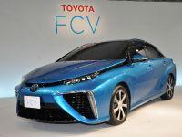 2015 Toyota Mirai, 2 of 3