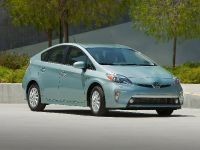 2015 Toyota Prius Plug-In Hybrid, 1 of 22