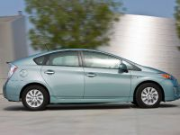 2015 Toyota Prius Plug-In Hybrid, 4 of 22