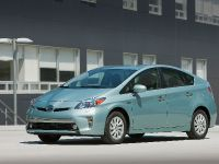 2015 Toyota Prius Plug-In Hybrid, 5 of 22