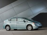 2015 Toyota Prius Plug-In Hybrid, 6 of 22