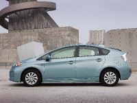 2015 Toyota Prius Plug-In Hybrid, 8 of 22
