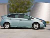 2015 Toyota Prius Plug-In Hybrid, 10 of 22