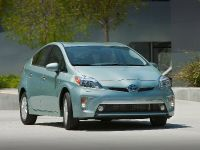 2015 Toyota Prius Plug-In Hybrid, 11 of 22