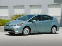 2015 Toyota Prius Plug-In Hybrid, 16 of 22