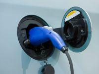 2015 Toyota Prius Plug-In Hybrid, 17 of 22