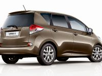 2015 Toyota Verso-S MPV , 3 of 4