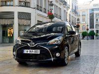 2015 Toyota Yaris, 10 of 54
