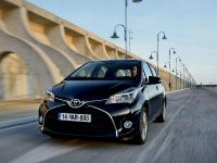 2015 Toyota Yaris, 11 of 54