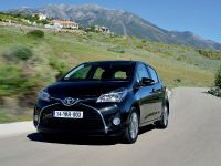 2015 Toyota Yaris, 12 of 54