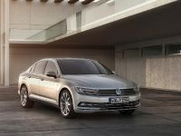 2015 Volkswagen Passat, 16 of 45