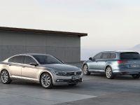 2015 Volkswagen Passat, 19 of 45
