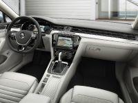 2015 Volkswagen Passat, 37 of 45