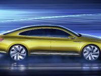thumbnail image of 2015 Volkswagen Sport Coupe GTE Concept