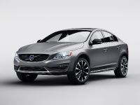 2015 Volvo S60 Cross Country, 1 of 3