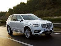 2015 Volvo XC90 T8 Petrol Plug-in Hybrid, 3 of 6