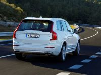 2015 Volvo XC90 T8 Petrol Plug-in Hybrid, 4 of 6