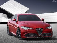 2016 Alfa Romeo Gulia, 2 of 5