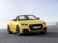 2016 Audi TT RS Roadster, 3 of 12