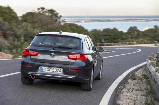 2010 BMW 1 Series Urban Line photo - 3