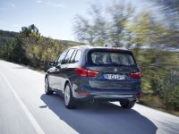 thumbnail image of 2016 BMW 220d xDrive Gran Tourer