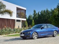 2016 BMW 3 Series Sedan, 12 of 28
