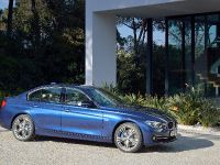 2016 BMW 3 Series Sedan, 13 of 28